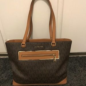 Michael Kors signature brown purse with gold trim!